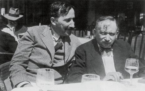 Stefan Zweig con el novelista judío-austríaco Joseph Roth (Ostende, Bélgica, 1936)